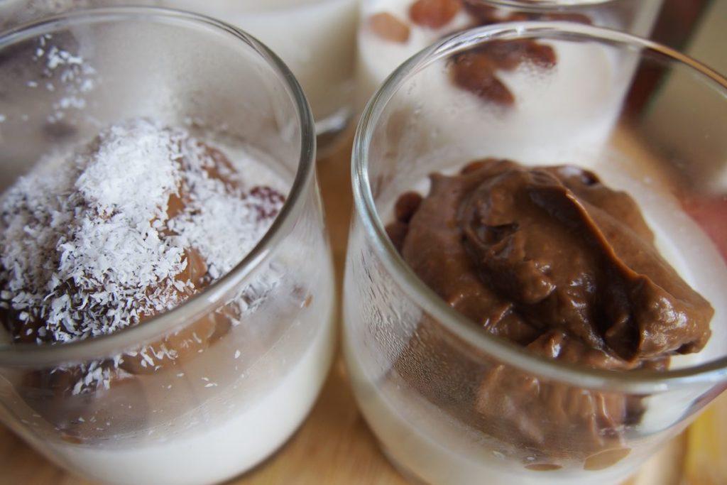 Pudding cytrynowy świetnie się komponuje z kremem czekoladowym z awokado! Przepis już wkrótce :)